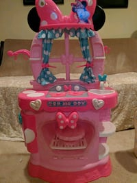 Mini Mouse Kitchen, oven lights up Laurel, 20723
