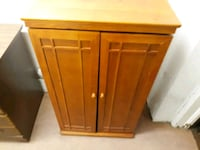 Wood Hutch with shelves  Fargo, 58102