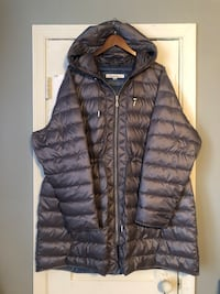 Women's Kenneth Cole puffer jacket size 3XL brand-new in great condition. Originally paid over $250 Washington, 20002