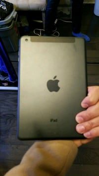 space gray iPad 536 km