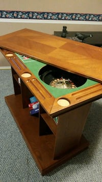 Solid wood bar/table/roullette/craps table Coquitlam, V3J 1W8