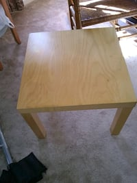 Small wooden table 22x22 Alexandria, 22315