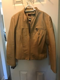 brown zip-up jacket Springwater, L4N 9X6