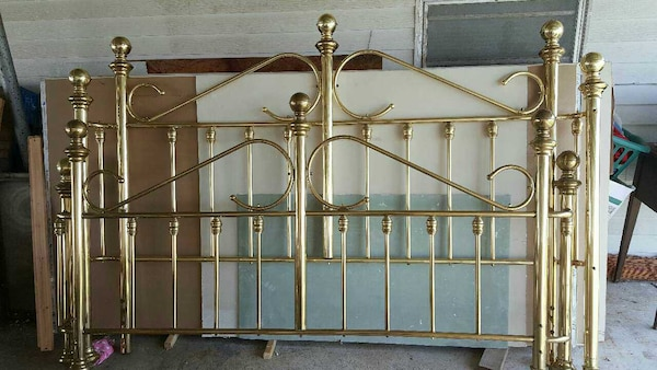 Used VINTAGE JB ROSS KING SIZE BRASS BED for sale in Westwego   letgo