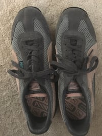 Puma size 6 running shoes Needham Heights, 02494