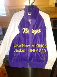 purple and white zip-up jacket Chillicothe, 45601