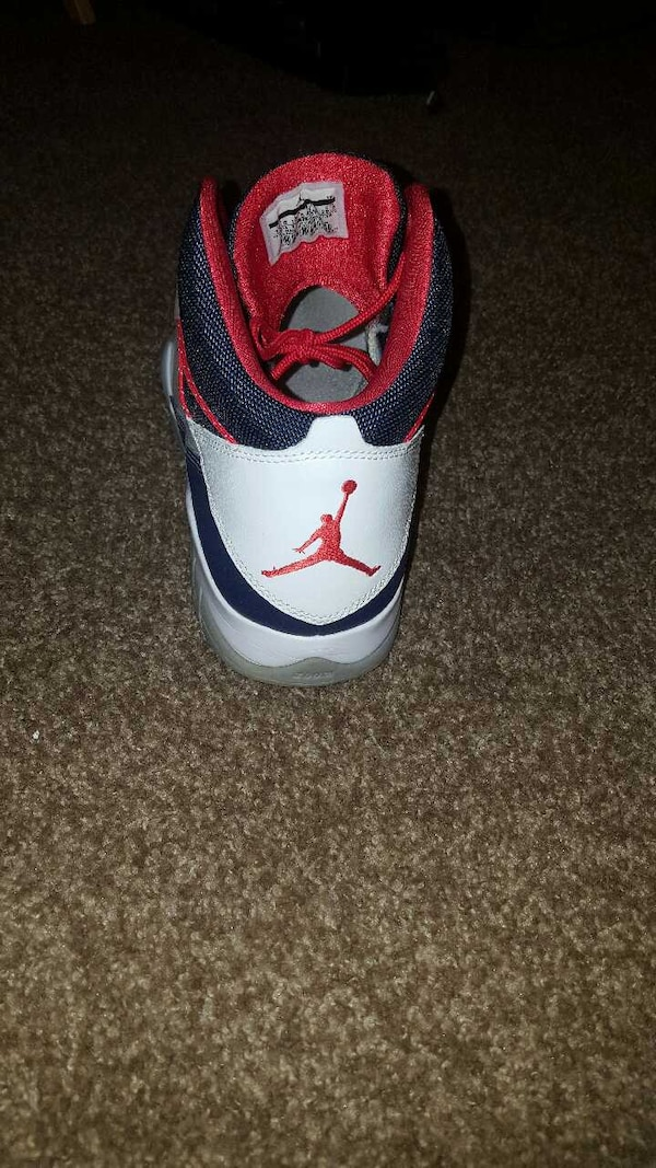113f895aa53 Used black, white and red air jordan basketball shoe for sale in San ...