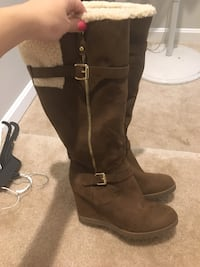 Pair of brown leather knee-high boots Birmingham, 35243