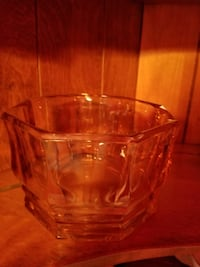 clear glass bowl with lid Mogadore, 44260