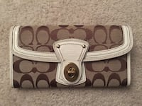 Brown and beige Coach wallet Centreville, 20121
