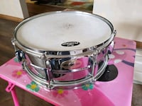3 different snare drums
