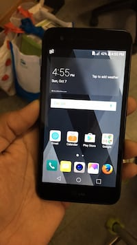 black LG android smartphone with box Montreal, H3J 2T8