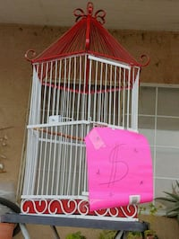 white and pink metal birdcage Bakersfield, 93307