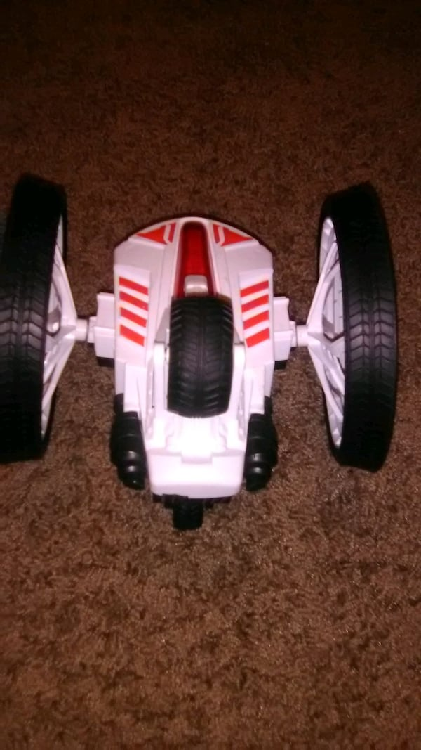 Remote control toys and other toys a74fd50d-43ae-42d1-b21d-bfc408d933d7