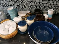 assorted-color dinnerware mye Skedsmo, 2013