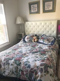 Full/queen tufted bed in white