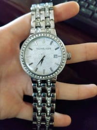 Perfect condition Michael Kors  Toronto, M1T 3K5