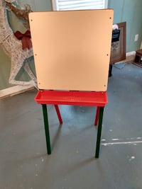 Kids Two-Sided Stand Up Easel