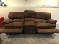 Brown microfiber 3-seat couch with double recliner Pleasantville, 10570