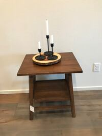 New side table  Vancouver, 98660