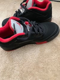 pair of black-and-red Nike running shoes Silver Spring, 20904