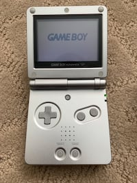 Gameboy advance sp platinum