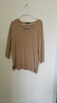 Cable & Gauge sweater size Large