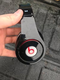 Beats by Dre Studio powered / wired headphones
