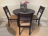 Dinning Table Charlotte, 28217