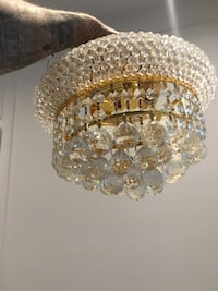 hanging round crystal light fixture  King, L7B 0B1