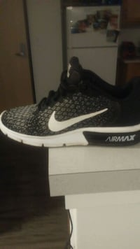 Pair of nike air max Springfield, 97477