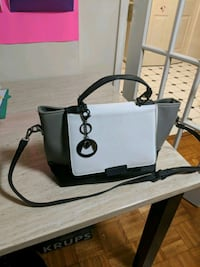 black and white leather 2-way handbag Montgomery Village, 20886