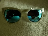 black framed Ray-Ban aviator sunglasses Washington