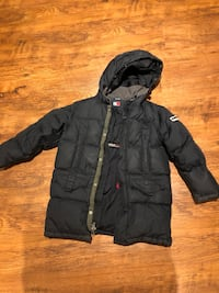 Tommy Hilfiger Boys size 10 down filled winter coat