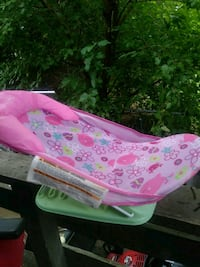 Baby bathing chair Des Moines, 50316