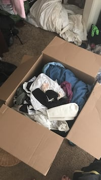 Box of clothes and shoes Tucson, 85712