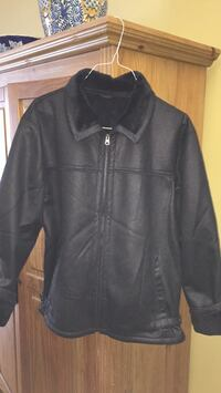 Suede like jacket with fleece inside size XL Gatineau, J8T 5N7