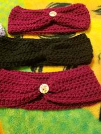 red and black knitted sweater North Las Vegas, 89032