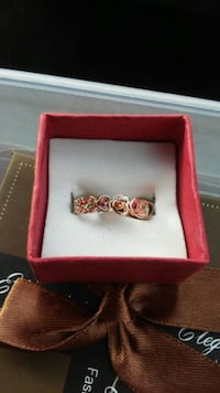 New Gold plated ring size 7
