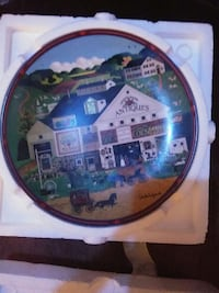 round Antiques decorative plate Hedgesville, 25427