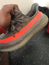 unpaired gray and orange Adidas Yeezy Boost 350 V2 Yonkers, 10701