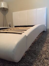 White wooden leather-plated bed frame Torrance, 90501