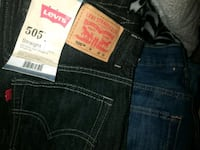 blue Levi's denim bottoms Greenfield, 93927