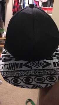 black and white tribal print fitted cap Nanaimo, V9R 6X8
