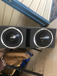 """Two 12"""" sony Xplod subs with a 1000W amp and box Trinity, 27370"""