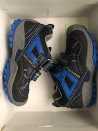 Band new Geox toddler shoes (size: 8.5)  Toronto, M9W 5K1