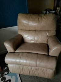 brown fabric padded sofa chair Hartsville, 29550