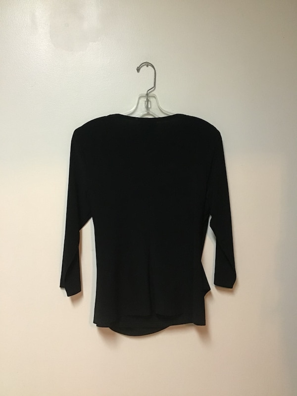 Women's COLDWATER CREEK black 3/4 sleeve ruched on 1 side top… Medium 2