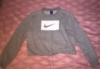 Nike woman sweatshirt/Medium New York, 10031
