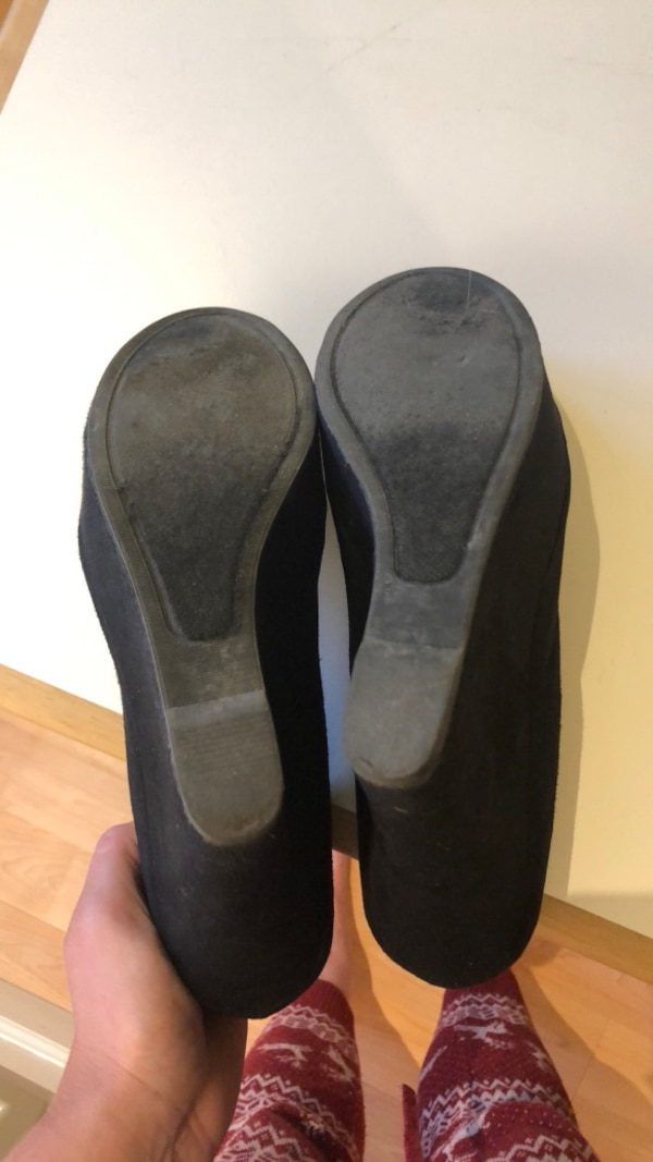 b701bc73001eb4 Used Steve Madden black suede wedges for sale in Indiana - letgo
